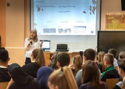 Presentació Projecte Eurovet Escola Treball DSC_1232